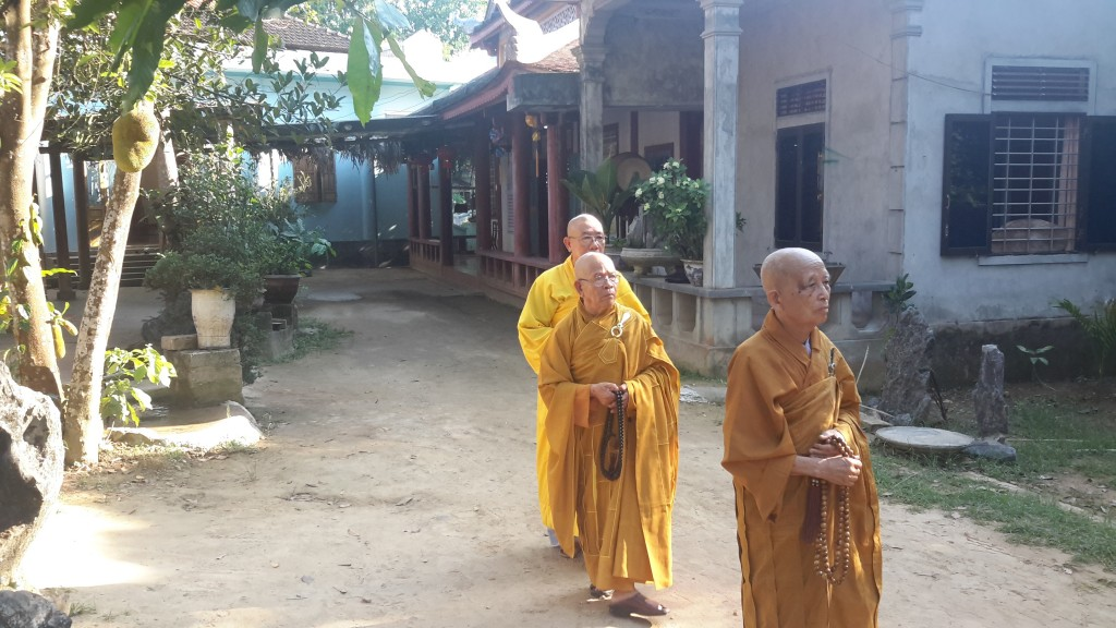 2014.05.16 - Photo 31 Phat Dan LQ HT Nhu Dat trong san 20140513_072301