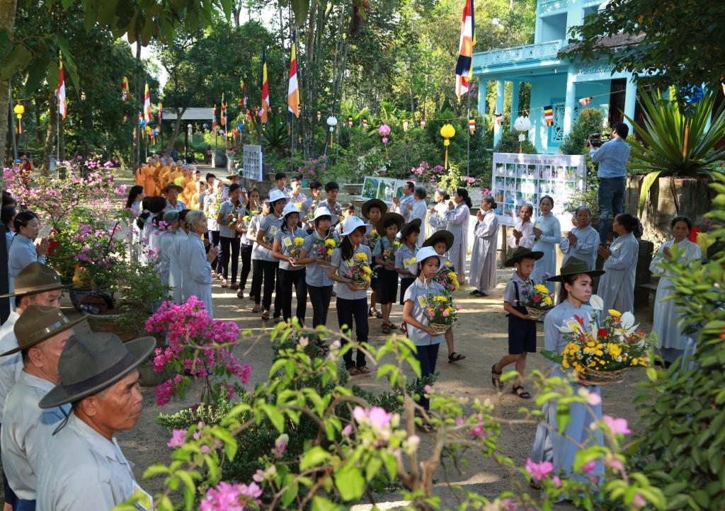 2014.05.16 - Photo 9 Phat Dan LQ doan Oanh vu 1R8A9926