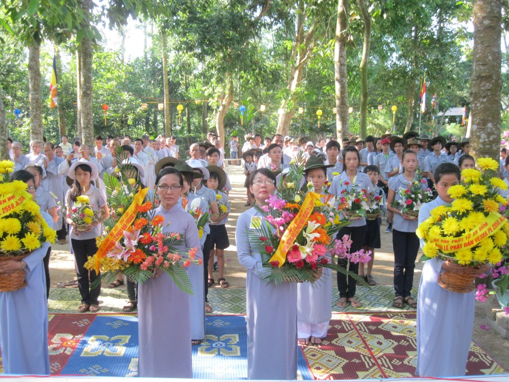 2014.05.18 - Photo 41 PD LQ GDPT dang hoa