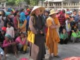 Hoà thượng Thích Nguyên Lý, Tổng vụ trưởng Tổng vụ Từ thiện Xã hội đi cứu trợ đồng bào ở Tây Nguyên