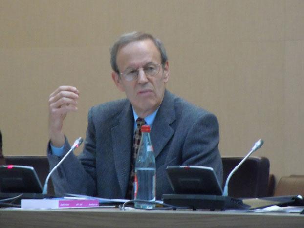 Ông Carl Gersman, Chủ tịch Quỹ Quốc gia Tài trợ Dân chủ (Courtesy queme.net)