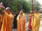 Mặc bao khó khăn, cấm đoán, hăm doạ và khủng bố gần một nghìn Phật tử tham dự Lễ Hiệp Kỵ tại Tu viện Long Quang, Huế
