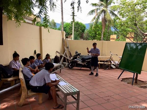 Trại sơ cấp Lộc Uyển, Huyện Phú Lộc, một Htr thuyết giảng