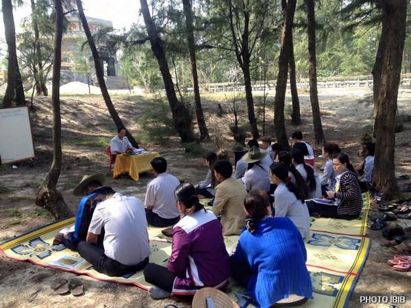 Trại sơ cấp Lộc Uyển, Huyện Phú Lộc, Lớp học trong rừng