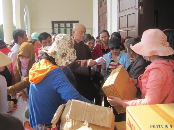 Cứu trợ tại Xã Thuận Lộc, Huyện Hồng Lĩnh, Tỉnh Hà Tĩnh