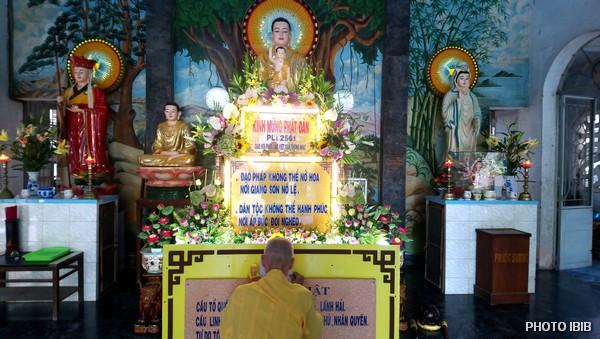 Hoà thượng Thích Thanh Quang, Viện trưởng Viện Hoá Đạo, cô quạnh trong ngôi Chùa Giác Minh ờ Đà Nẵng vì bị công an phong toả không cho Phật tử vào chùa tham dự Đại lễ Phật Đản