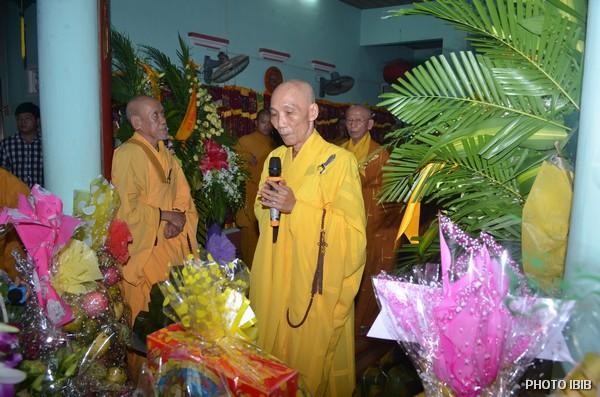 Hoà thượng Thích Thanh Quang, Viện trưởng Viện Hoá Đạo, dâng lời Phát nguyện