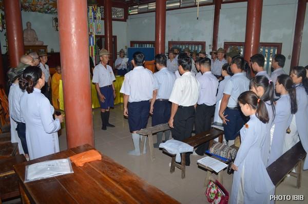 Huynh trưởng Văn Đình Tất dẫn nhập Đời sống trại
