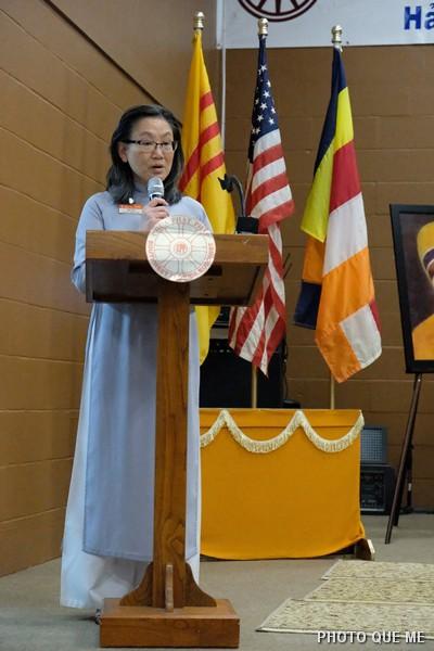 Bác sĩ Quỳnh Lâm cảm tạ tại Lễ Bế mạc