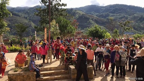 Cứu trợ tại Xã Măng Ri, Huyện Tu Mơ Rông, Kon Tum