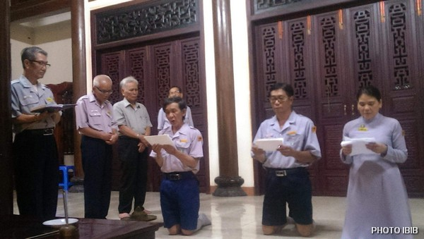 Ba Huynh trưởng Cấp Tấn phát nguyện