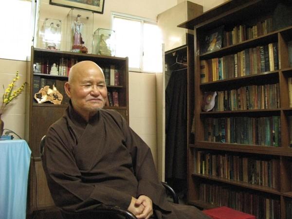 Hoà thượng Thích Quảng Độ tại Thanh Minh Thiền viện ở thành phố Hồ Chí Minh năm 2007 (Aude Genet/AFP/Gertty Images)